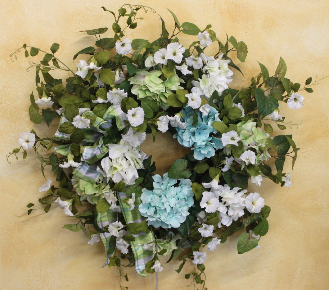 Gallery/AV7 - April's Garden Wreath