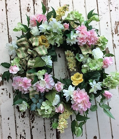 Gallery/ENG01 - April's Garden Wreath