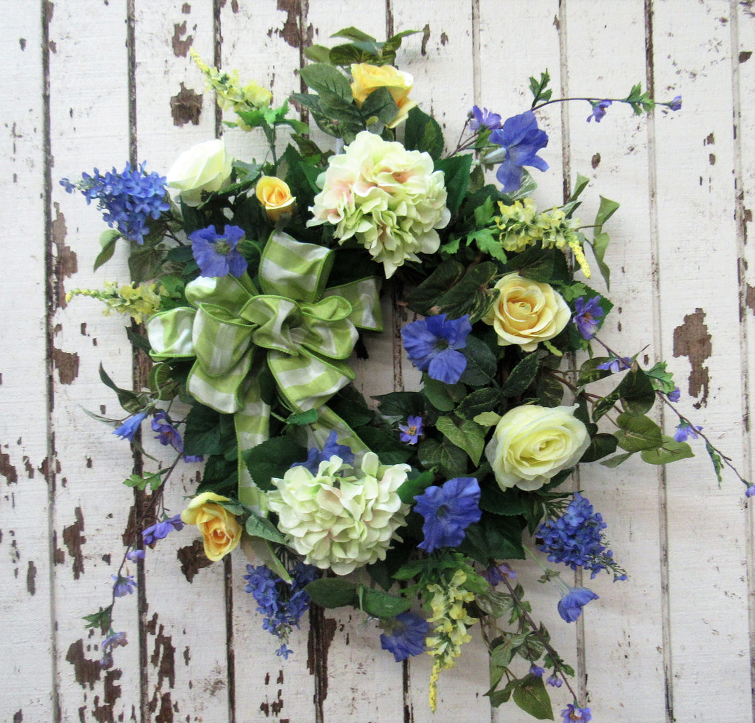 Gallery/ENG07 - April's Garden Wreath