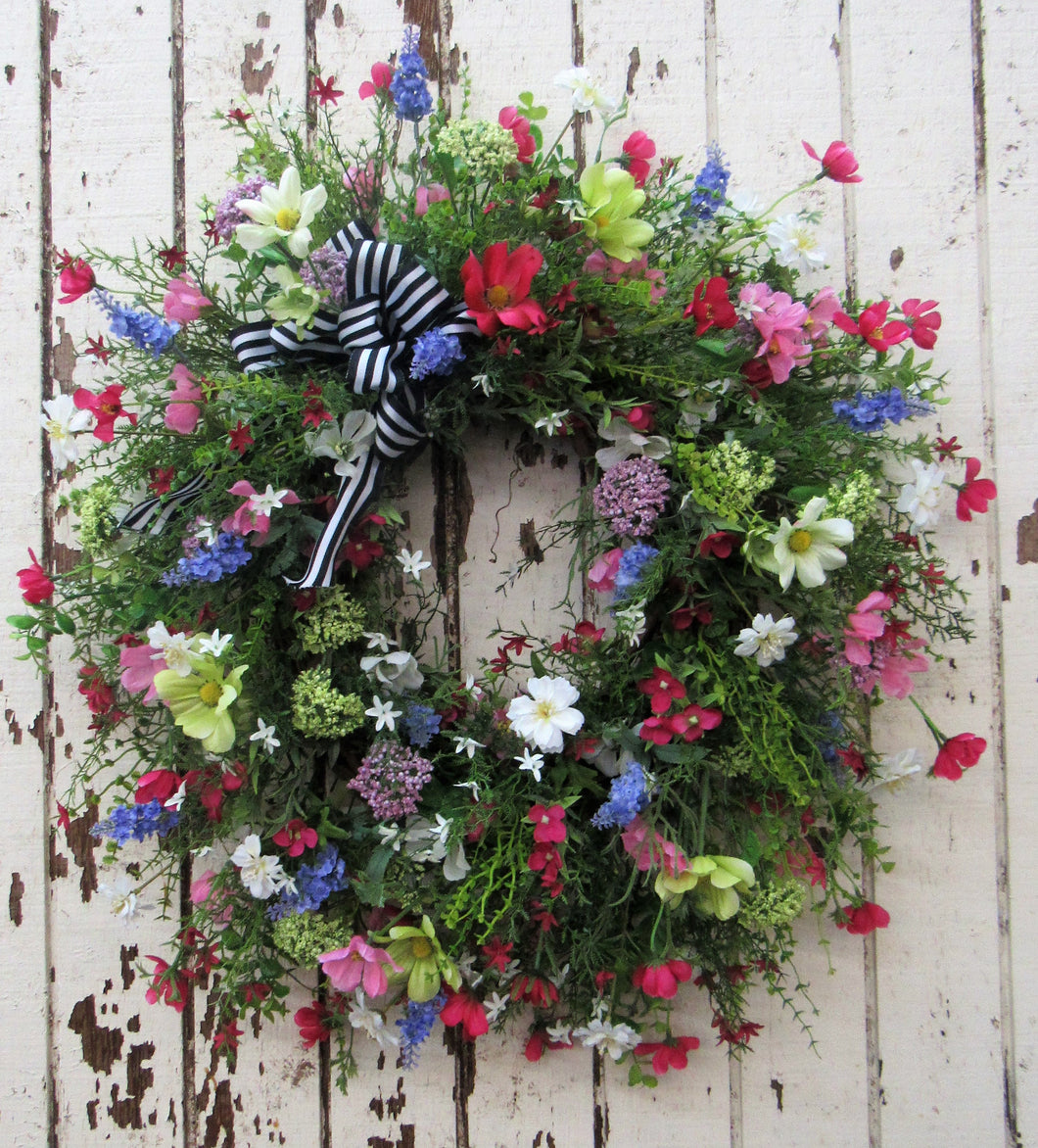 Gallery/Eng33 - April's Garden Wreath