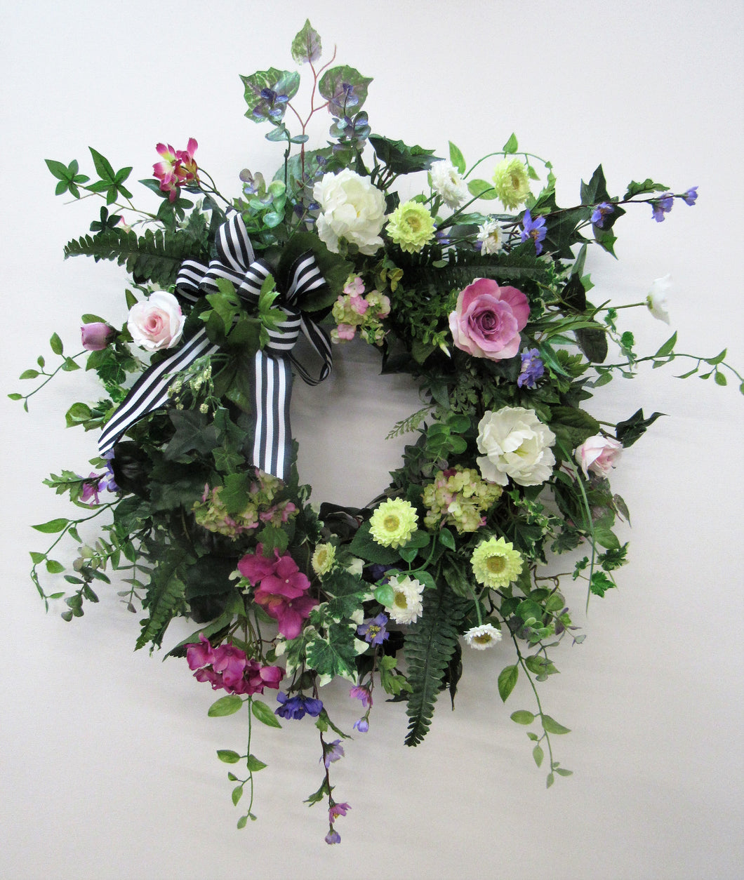 Gallery/Eng126 - April's Garden Wreath