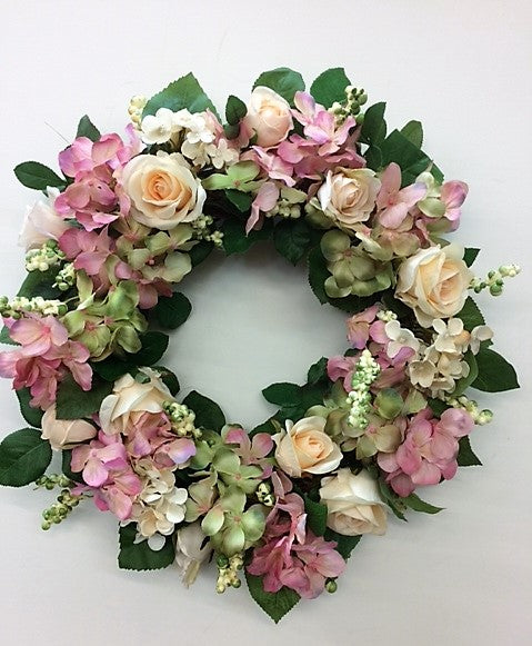 Gallery/Eng161 - April's Garden Wreath