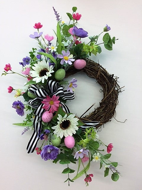 Gallery/Eng172 - April's Garden Wreath