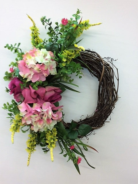Gallery:Eng175 - April's Garden Wreath
