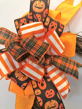 Orange and Black Halloween Bow with Jack O lantern Print for Wreaths, Doors and Home Decor/HLB09