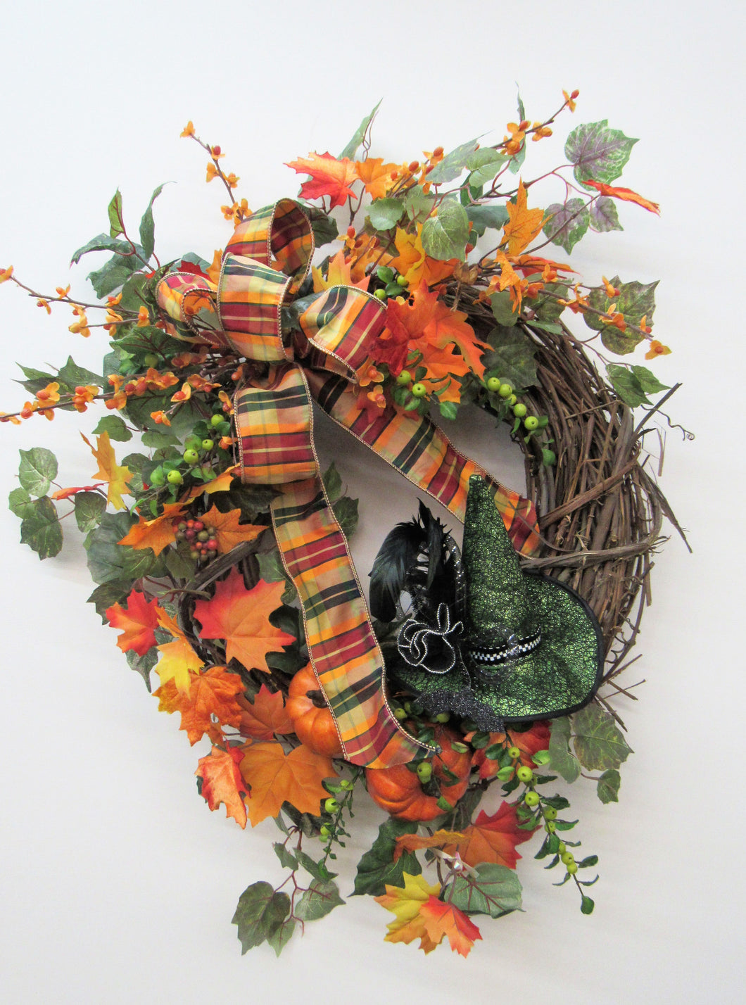 Gallery/Hal04 - April's Garden Wreath