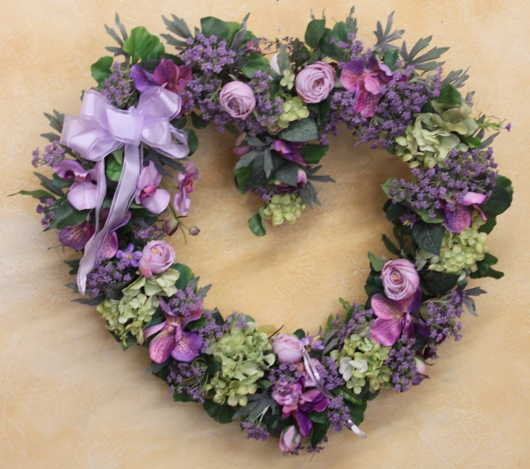 Gallery/SPW78 - April's Garden Wreath