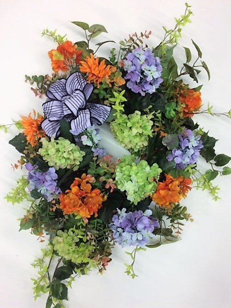 Gallery/IS07 - April's Garden Wreath