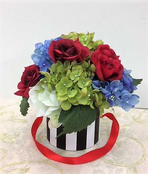 Blue Green Hydrangea and Red Cream Rose Petite Silk Floral Arrangement/RA11 - April's Garden Wreath