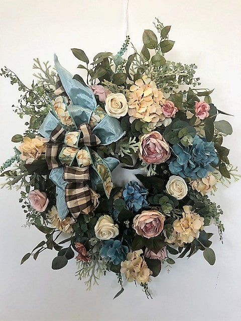 Apricot and Aqua Hydrangea Silk Floral Vintage Everyday Wreath/Rom04 - April's Garden Wreath