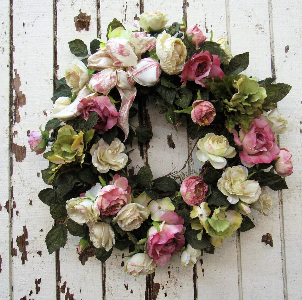 Gallery/Rom06 - April's Garden Wreath