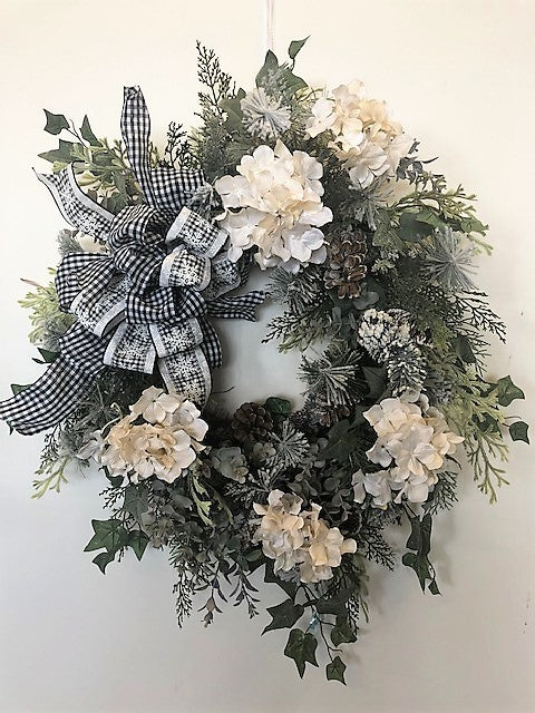 White Hydrangea Silk Floral Winter Wreath/Trans110