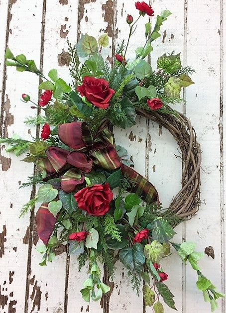 Gallery /Val24 - April's Garden Wreath