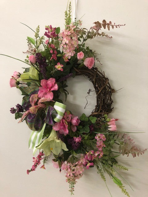 Gallery/Eng190 - April's Garden Wreath