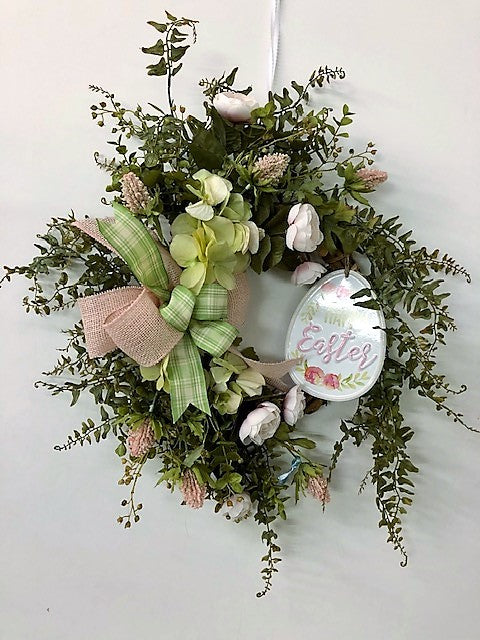 Gallery/Eng214 - April's Garden Wreath