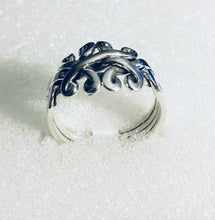 Scroll design 4 Piece Puzzle Ring