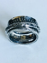 Sterling silver ornate design Spinner ring