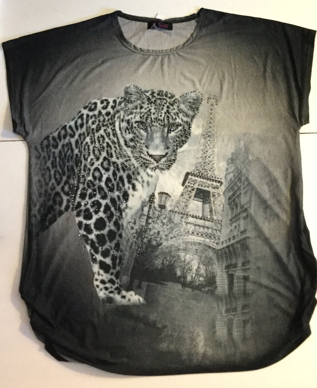 Leopard/ Eiffel Tower
