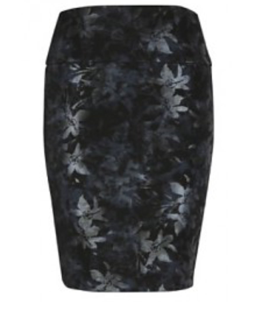 Flash black and navy skirt