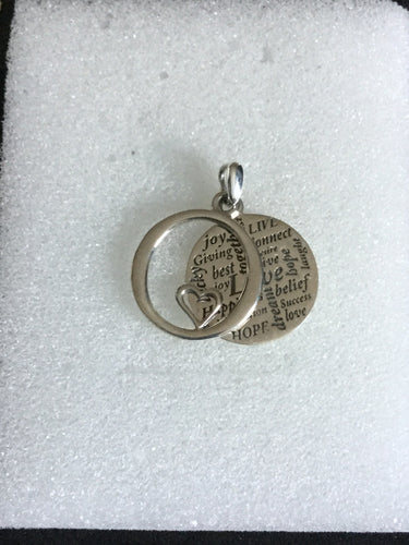 Tag pendant with insperational quotes