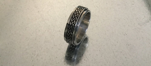 Men's Stainless Steel Ring large tread design.