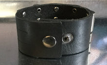 Men's Leather Wide Cuff