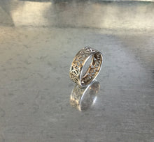 "Infinity ""Peace"" sign Silver Ring"