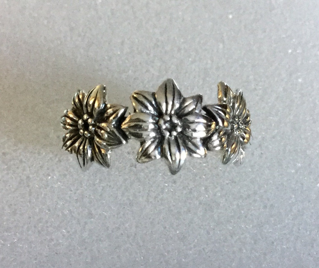 3 Daffodil Sterling Silver Ring