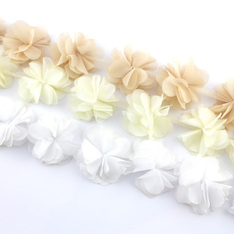 PEONIES FLOWER TRIM IN BEIGE , IVORY AND WHITE X 10 FLOWERS