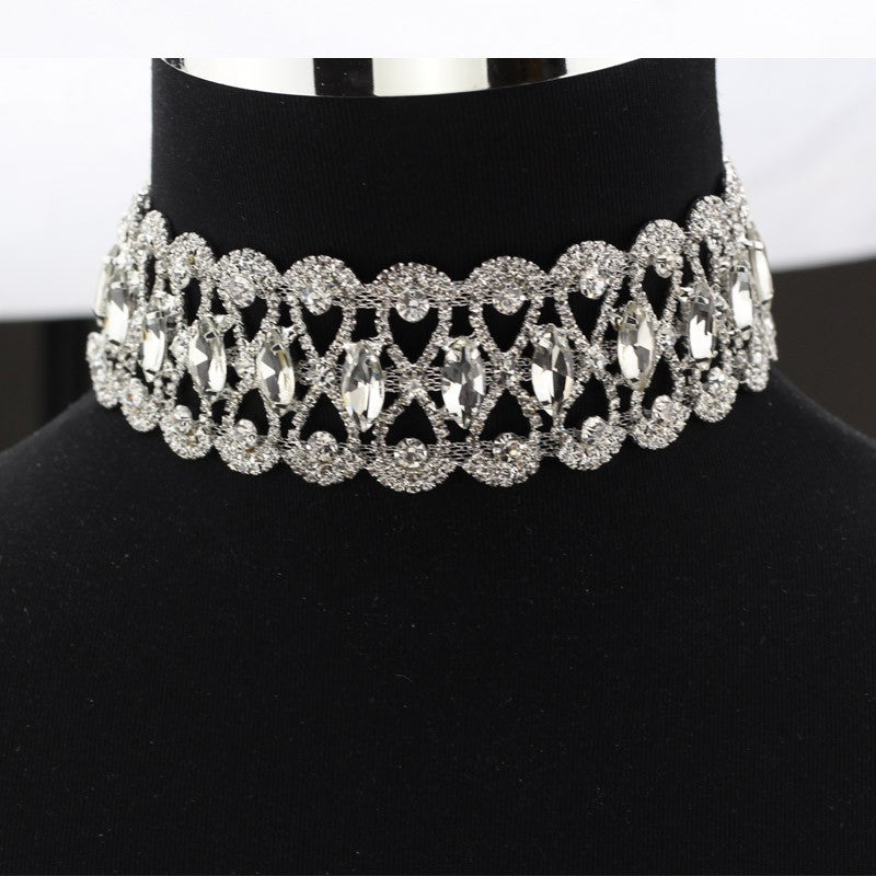 Royalty Statement Choker