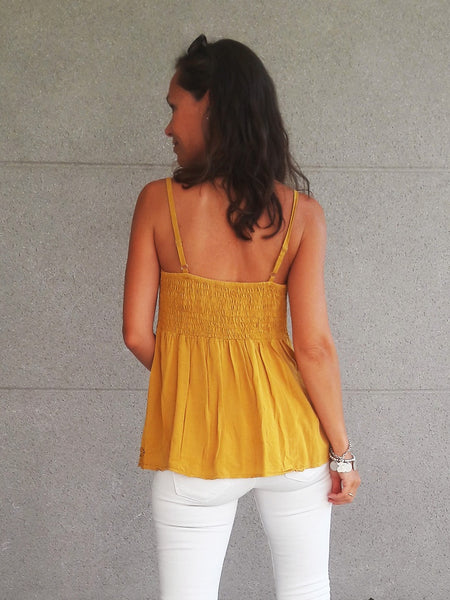 Top crochet mostaza