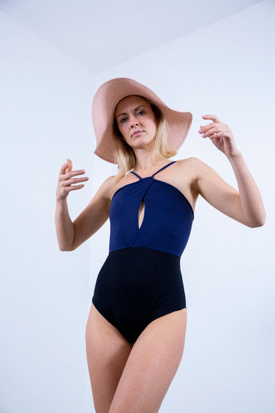 zero waste swimsuit made from recycled fibres. Fabric made in italy. Swimsuit made in New Zealand. Model Nadia Dynowski