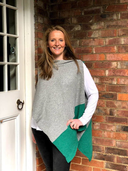 merino lambswool pale grey with green border poncho/wrap