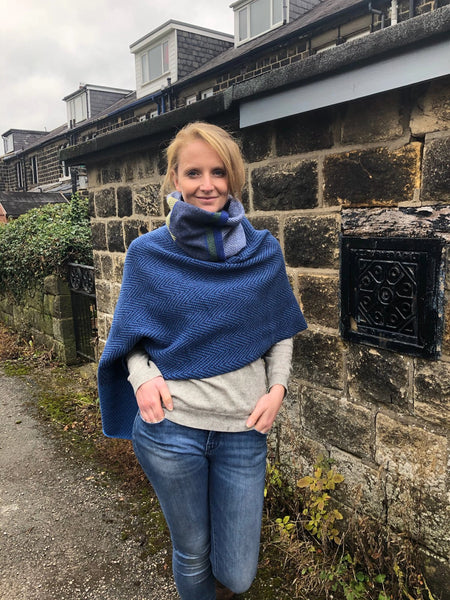lambswool bluetit neck cowl with poncho
