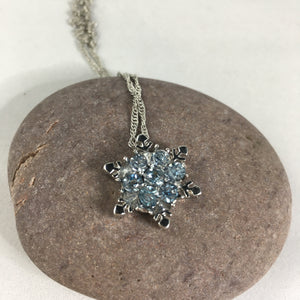 Snowflake Necklace Pendant - Whaleycorn.com