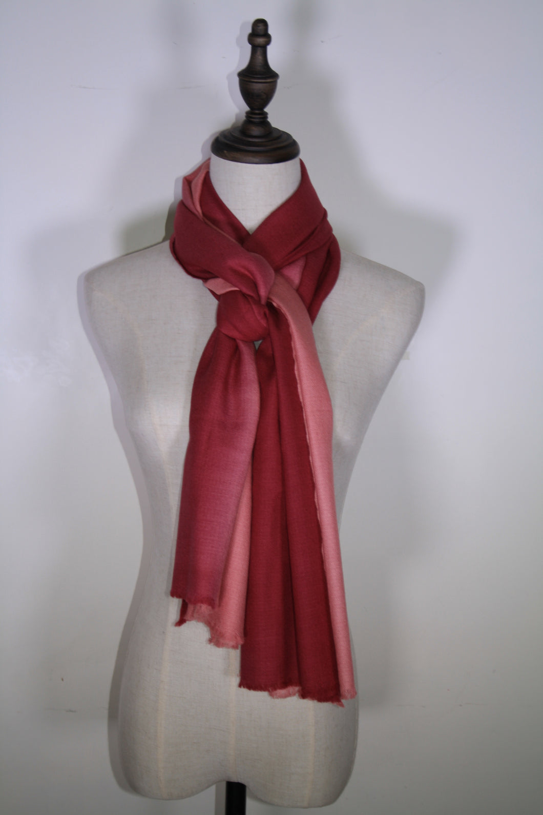 2-shade Ombre Scarf | Maroon