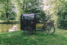 Christiania Family bike with panoramic canopy