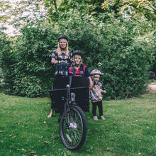 Long John electric cargo bike for family