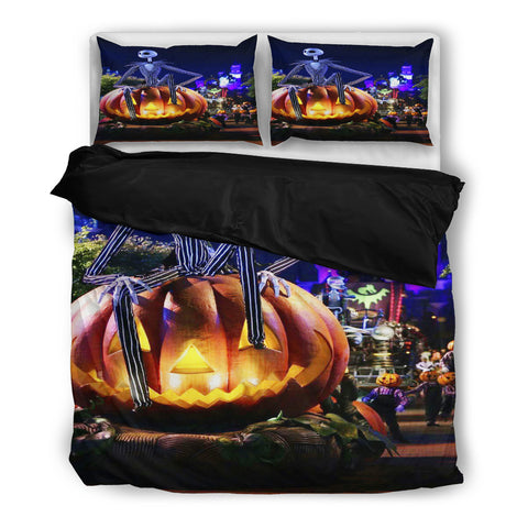 Queen Bed, King Bed, and Twin Bed - Nightmare Before Christmas Bedding Sets - Jack Skellington Jack-O-Lantern 3-Piece Bedding Set in Black