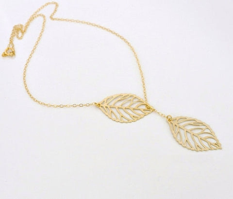 Dainty Pendant Necklace with Leaf Charm - Gold & Silver Chain Jewelry for Women