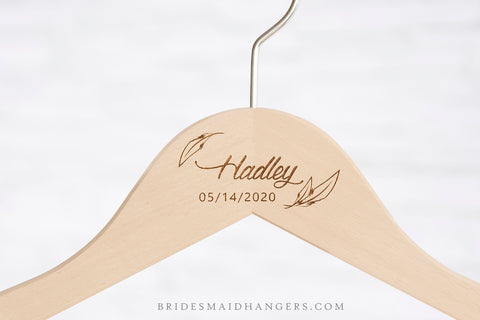 Natural Hanger, Two Lines with Feathers