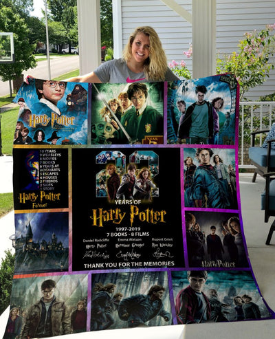 Limited Edition ! HP 22 Years - 8 Films Quilt Blanket