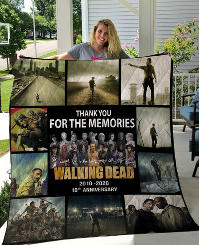 Limited Edition ! TWD Quilt Blanket 10 Years - 10 season posters