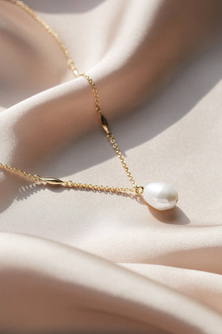 Collier | Or et perle baroque