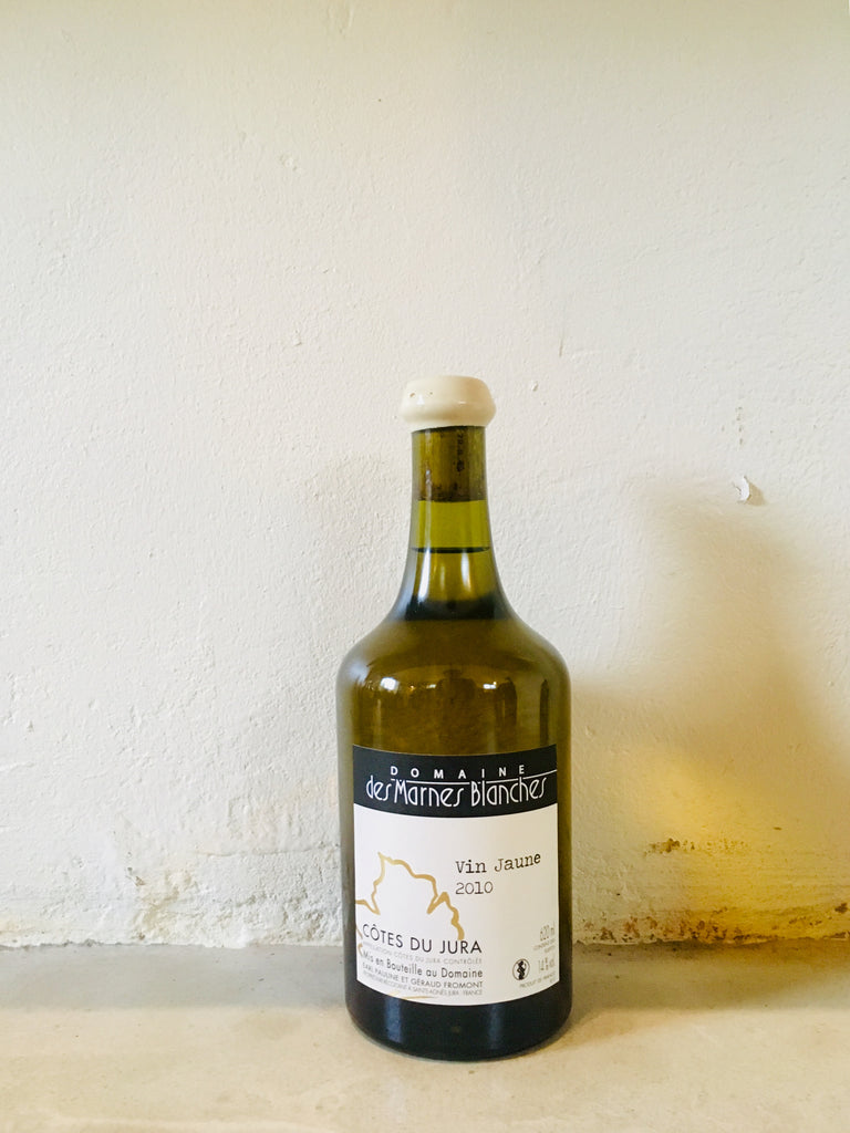 Domaine Marnes Blanches Vin Jaune 2010