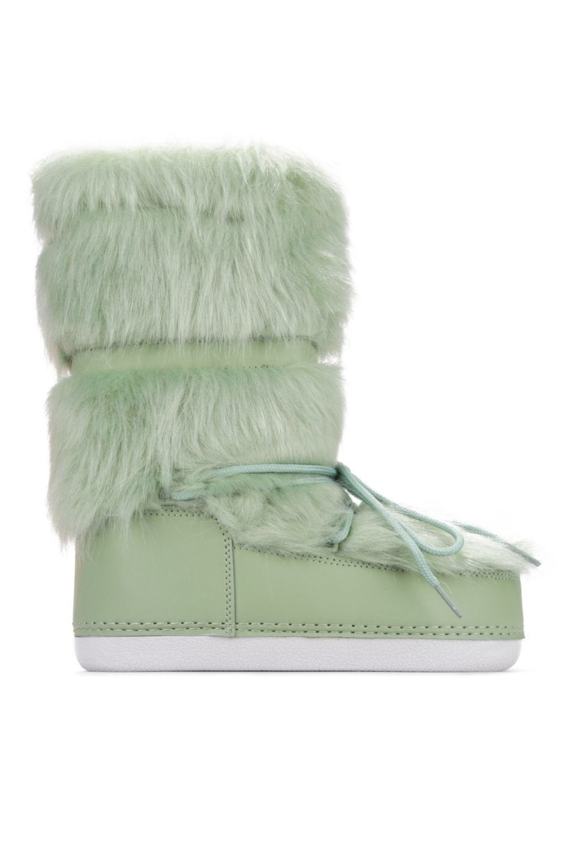 Cape Robbin Lava Sage Lace up Fur Moon Boots