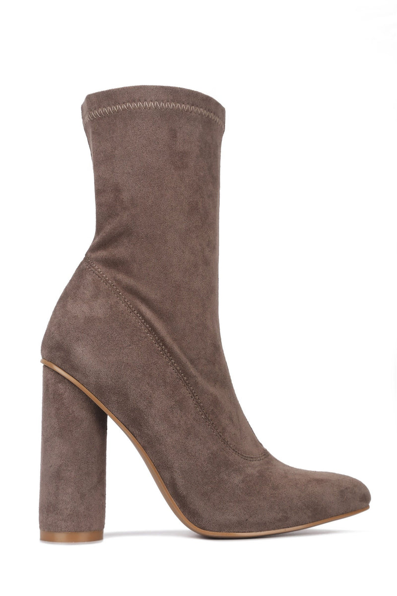 Cape Robbin Paw-1 Taupe Chunky Heel Bootie