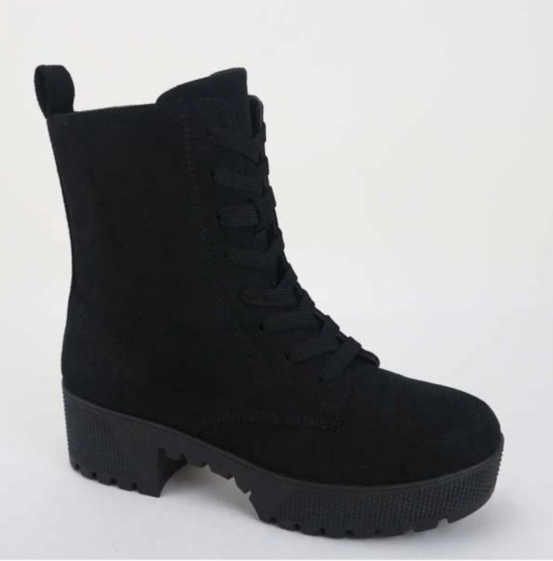 Bamboo Powerful-47 Black Suede Platform Lace Up Combat Boots