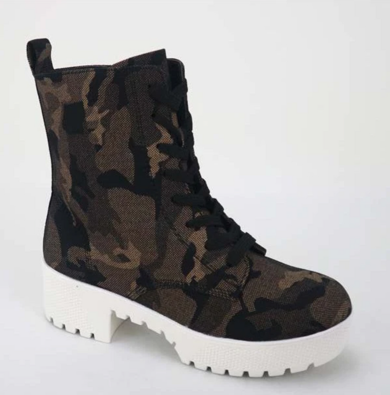 Bamboo Powerful-47 Grey Camo Suede Platform Lace Up Combat Boots