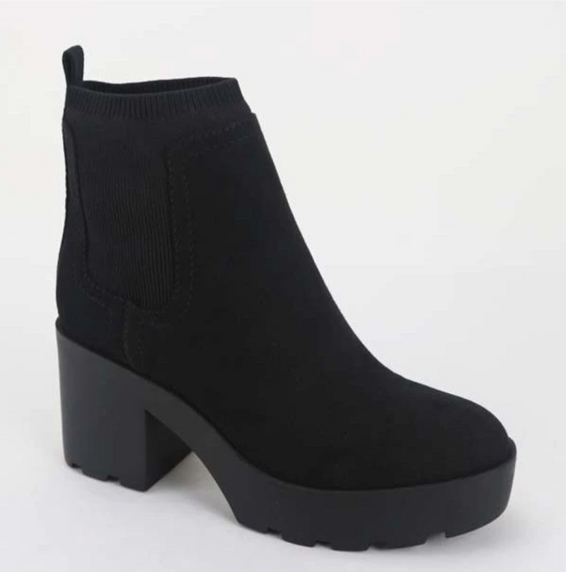 Bamboo Vista-01 Black Suede Lug Sole Platform Ankle Booties